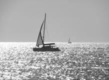 Siluetta di un yacht Fotografia Stock Libera da Diritti