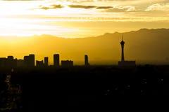 Siluetta di Vegas al tramonto Fotografie Stock Libere da Diritti