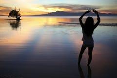 Siluetta Filippine di tramonto dell'isola di Siquijor Fotografia Stock Libera da Diritti