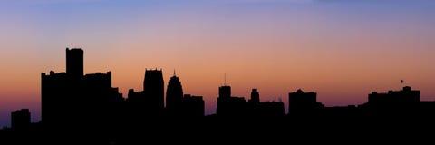 Siluetta panoramica dell'orizzonte di Detroit Fotografia Stock