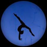 Siluetta relativa alla ginnastica Fotografie Stock Libere da Diritti