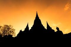 Siluetta tailandese del tempio Fotografie Stock