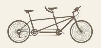 Siluetta in tandem della bicicletta, bicicletta costruita per due immagini stock