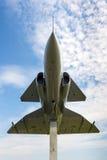 Siluetta verticale di JA 37 Viggen sui precedenti del cielo Fotografia Stock Libera da Diritti