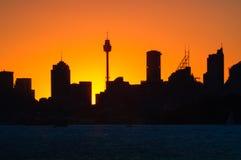Siluette захода солнца на Сиднее, Австралии Стоковое Изображение