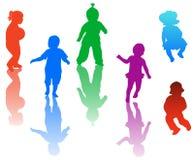 Siluette dei bambini Immagini Stock