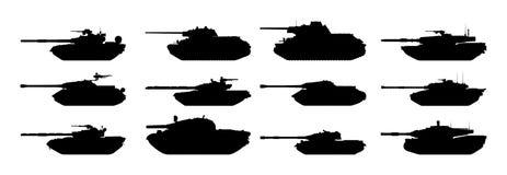 Siluette dei carri armati messe Fotografia Stock
