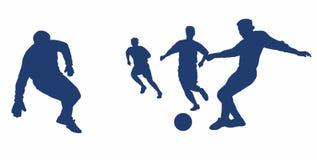 Siluette dei giocatori mentre giocando a calcio Il gioco di calcio royalty illustrazione gratis