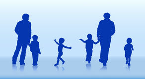 Siluette della famiglia e dei bambini Fotografie Stock