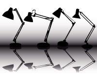 Siluette delle quattro lampade di tabella Immagini Stock