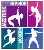 Siluette delle ragazze che ballano gli stili di danza moderna Fotografia Stock