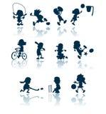 Siluette di sport dei bambini Fotografie Stock