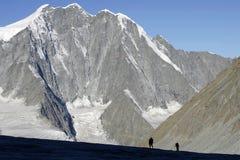Siluette in montagne Fotografie Stock