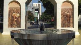 Silva Family Fountain och Cesar Chavez Monument stock video