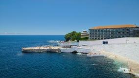 Silveira海滩和旅馆做Caracol, Angra, Terceira,亚速尔群岛 库存照片