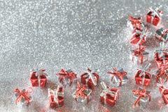 Silver blänker julkonfettibakgrund Fotografering för Bildbyråer