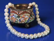 Silver box. Of the 19th eyelid and pearl necklace on a Stock Image