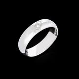 Silver diamond ring Royalty Free Stock Image