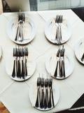 Silverbestick för lyxig matställe Arkivfoton