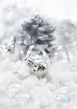 Silverjulgarneringar Royaltyfri Bild