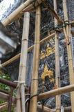 Silverkonstskulptur av Buddha i Thailand Arkivbild