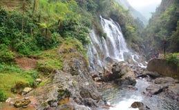 Silvervattenfall Sa-PA vietnam Royaltyfria Foton
