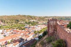 Silves全景在葡萄牙 图库摄影