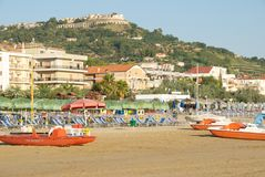 Silvi Marina en zijn mooi strand Stock Foto