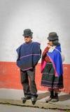 SILVIA, POPAYAN, КОЛУМБИЯ - 24-ое ноября: Guambiano индигенный p стоковая фотография