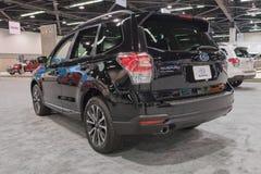 Silvicoltore di Subaru su esposizione immagini stock libere da diritti