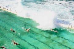 Simbassäng nära havet på Sydney Fotografering för Bildbyråer