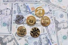 Simboli dei segni dei bitcoins Immagini Stock Libere da Diritti