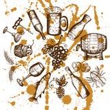 Simboli dell'insieme della birra, dell'insieme del vino, della birra e del vino sulle macchie gialle Fotografie Stock Libere da Diritti