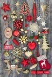 Simboli di Natale con le decorazioni Immagine Stock Libera da Diritti