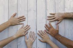 Simbolizando as mãos Imagens de Stock Royalty Free