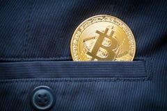 Simbolo del bitcoin dell'ultimo della moneta di oro di logo di Bitcoin Fotografia Stock Libera da Diritti