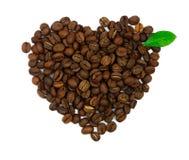 Simbolo del caffè del cuore con il foglio isolato Fotografie Stock