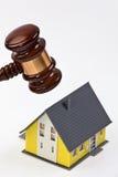 Simbolo della crisi della proprietà all'opera Fotografia Stock