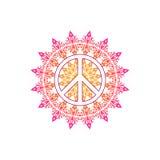 Simbolo di pace di hippy sopra il modello rotondo della mandala decorata Fotografie Stock