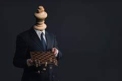 Simbolo di un uomo d'affari che licenzia il suo personale Fotografia Stock Libera da Diritti