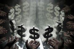 Simbolo di valuta del dollaro americano sullo specchio e coperto in fumo fotografia stock libera da diritti