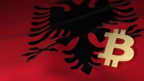 Simbolo di valuta di Bitcoin sulla bandiera dell'Albania Immagine Stock