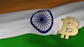 Simbolo di valuta di Bitcoin sulla bandiera dell'India Fotografie Stock Libere da Diritti