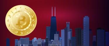 Simbolo dorato del bitcoin sul cielo della città di rosso blu di notte Bitcoin e concetto di tecnologia del blockchain Rete di Bi Fotografia Stock Libera da Diritti