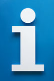Simbolo fatto di carta con fondo blu Fotografie Stock Libere da Diritti