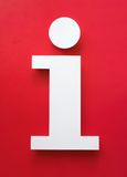 Simbolo fatto di carta con fondo rosso Fotografie Stock Libere da Diritti