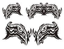 Simbolo tribale della testa del rinoceronte con un serpente Fotografie Stock Libere da Diritti