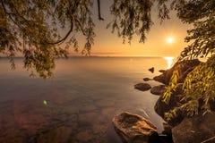 Simcoe湖看法在日出期间的 库存图片
