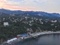 Simeiz stadssikt från luften crimea royaltyfria foton