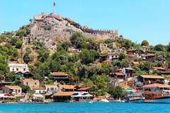 Simena slott nära den Kekova ön i Turkiet arkivfoto